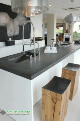 bàn bếp đá đen Huế