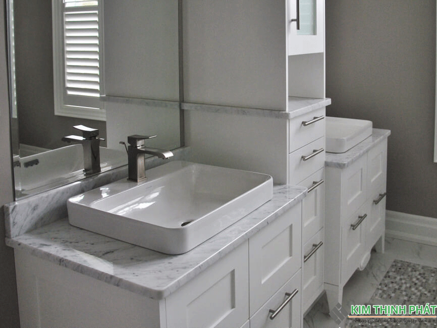 nhà tắm lát đá Carrara marble