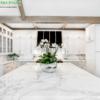 đá trắng sứ ý làm mặt bếp