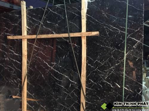 tấm đá marble đen tia chớp