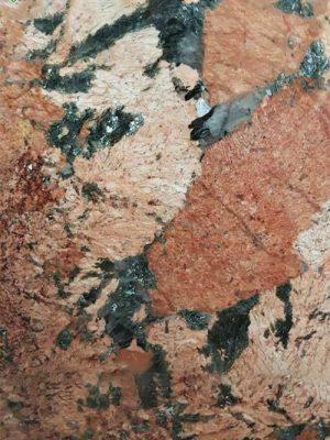 đá Đỏ Alaska ( Alaska Red)
