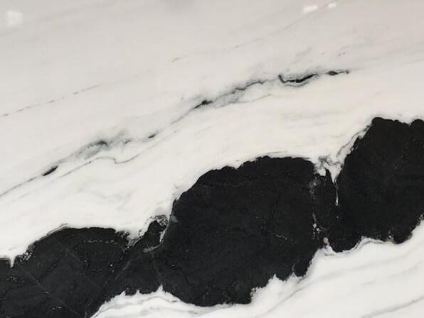 đá trắng gấu trúc