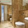 phòng tắm đá light emperador