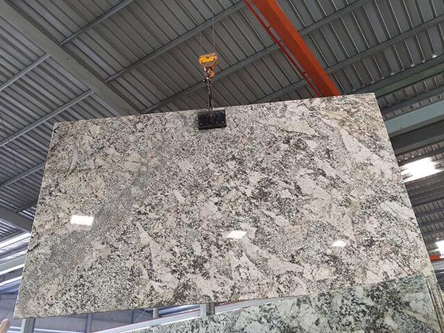 tấm Đá Granite Bianco Antico