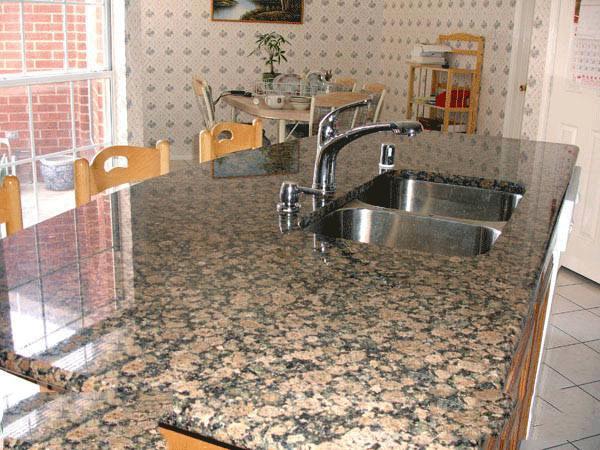 Bàn Bếp Đá Nâu Phần Lan