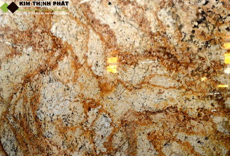 đá granite vàng hoàng gia