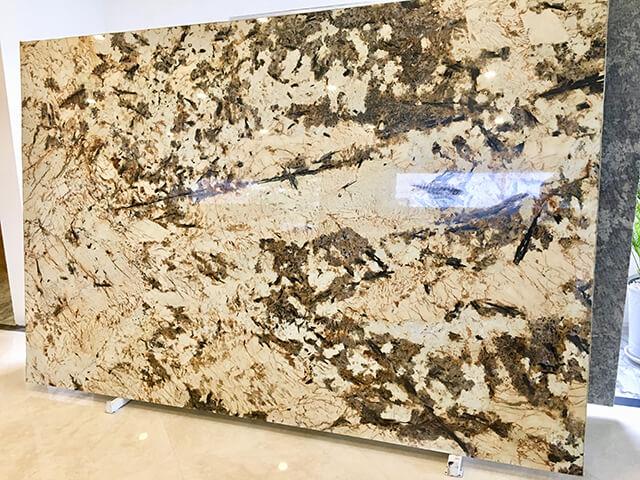 Đá Granite vàng Alaska