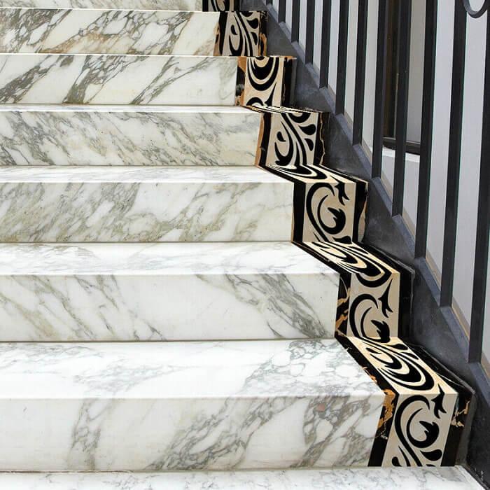 cầu thang đá marble hơi mắc