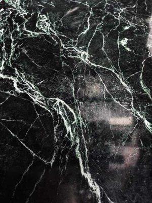mẫu đá xanh tia chớp ( xanh mạng nhện )