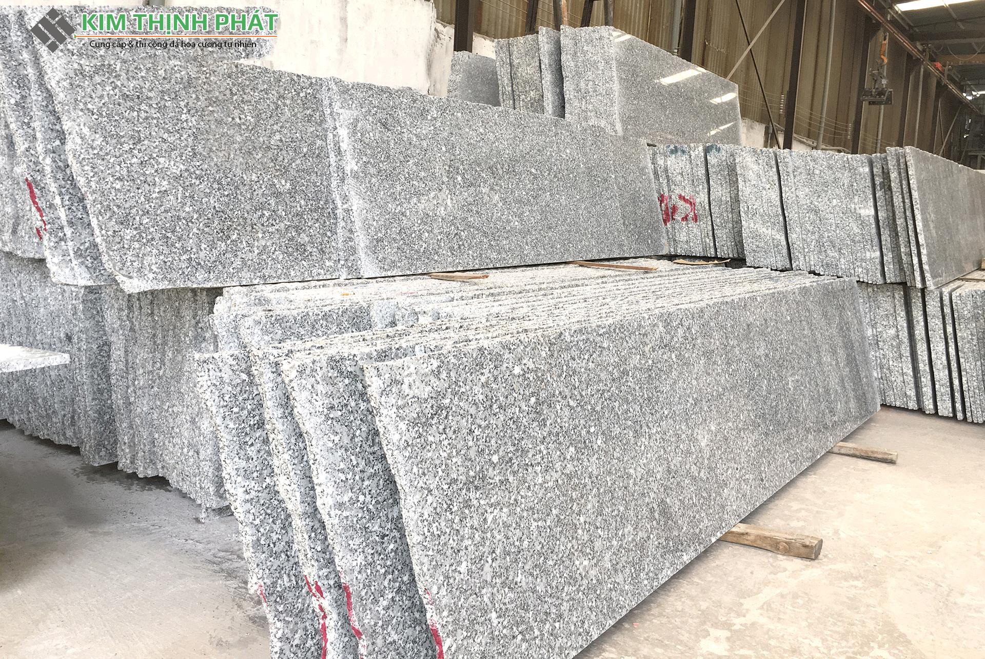 Tấm đá Granite trắng Suối Lau